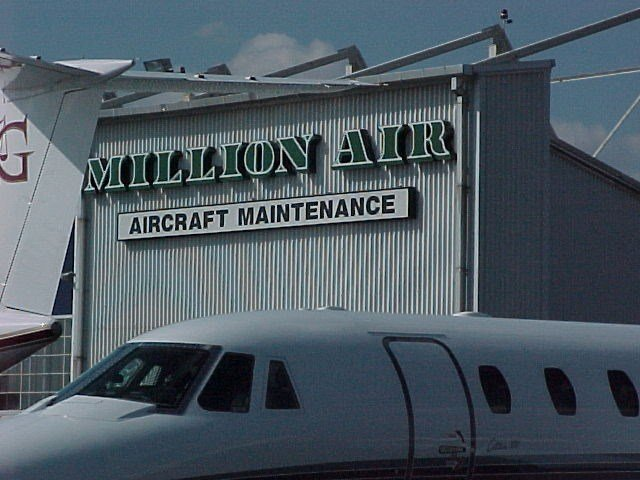 projects-infrastructure-teterboro-airport-million-air