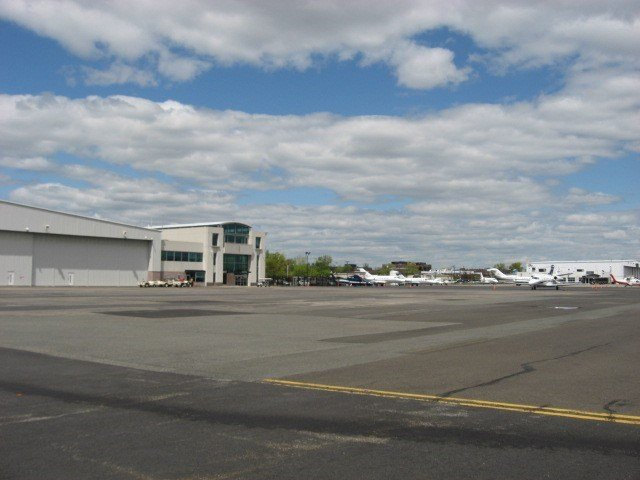 projects-infrastructure-teterboro-airport-tarmac